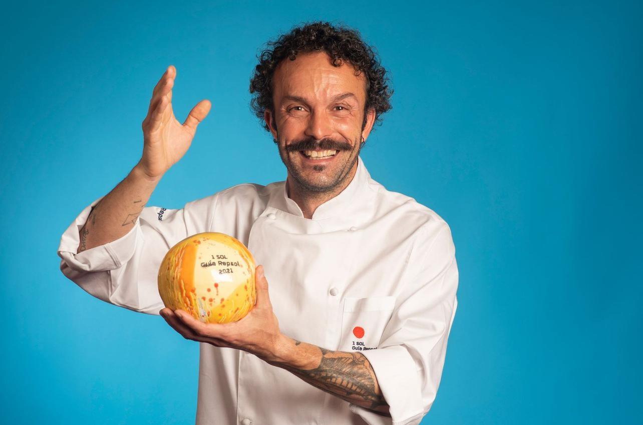 Iván Domínguez, con el Sol por Nado, recibido por primera vez en 2021