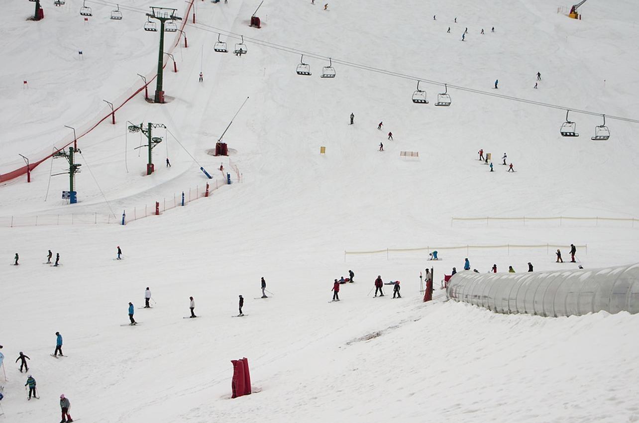 Estación de esquí. Fotografía: LarraZun. Vía: Vusual hunt / CC BY