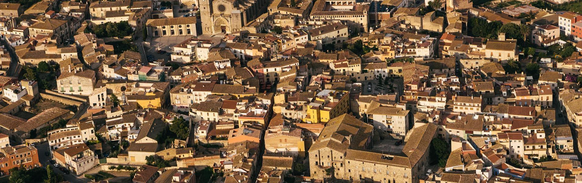 Castelló d'Empúries (Castellón de Ampurias)