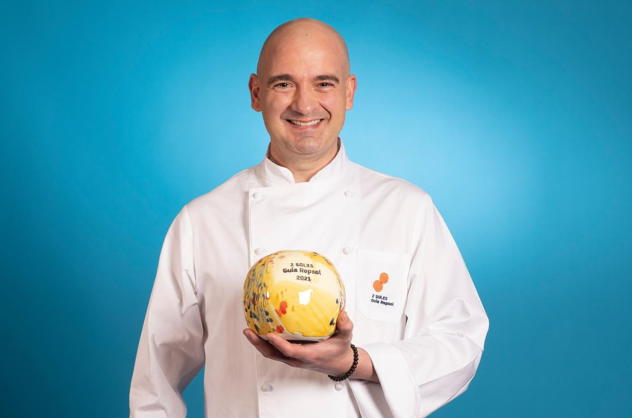 Felix Jiménez, con los dos Soles por Kiro Sushi, recibido por primera vez en 2021
