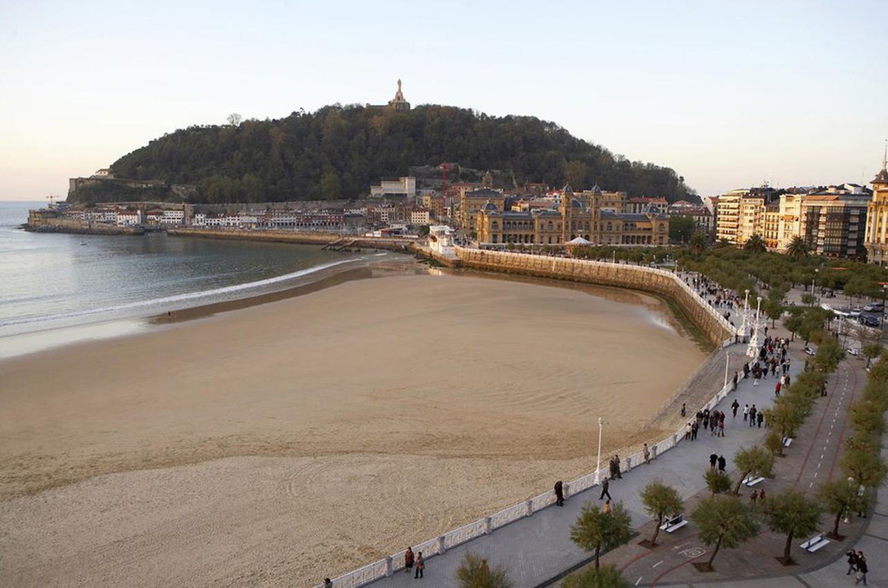 Playa del Paseo de la Concha