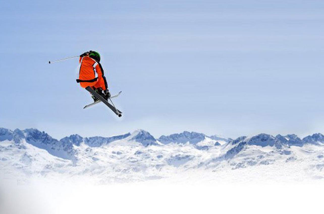 Esquiador en la estación de Baqueira Beret