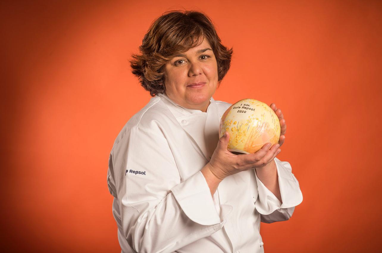 Celia Jiménez con su primer Sol conseguido en 2020 por su restaurante del mismo nombre.