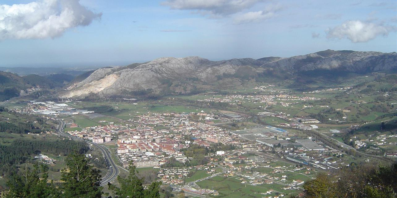 Calzada romana de Los Corrales de Buelna