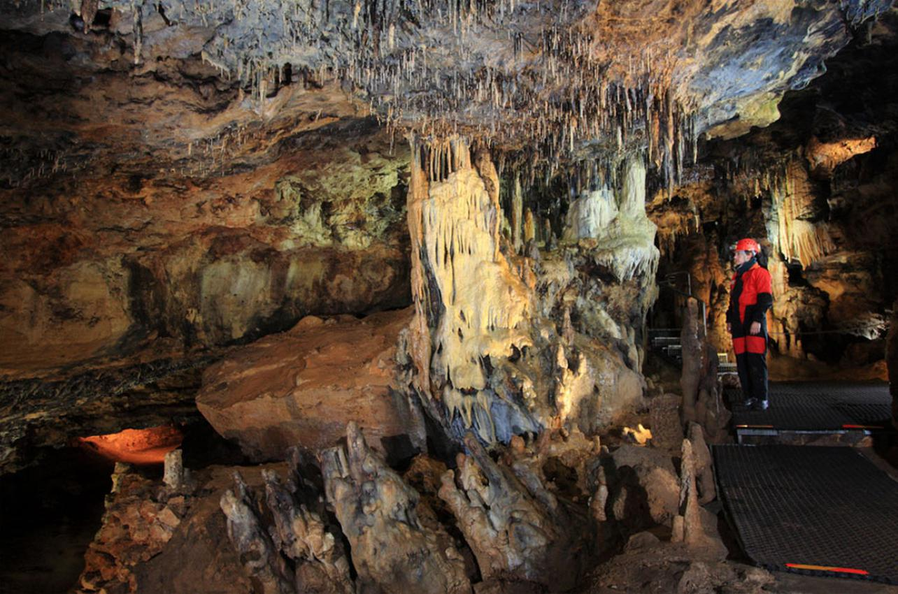 Bajo tierra, siempre se está fresquito. Foto: Espeleofoto.com