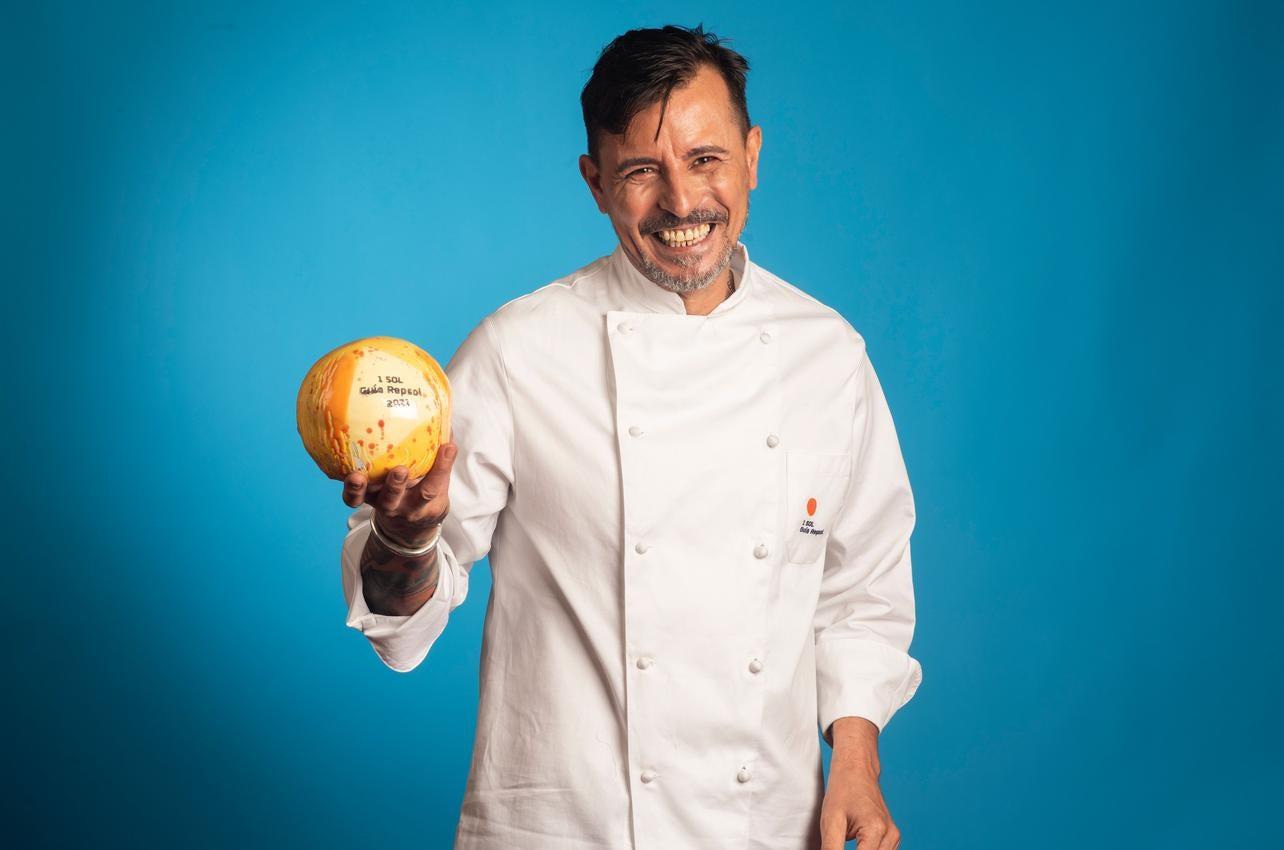 Carmelo Florido, con el Sol por El Equilibrista 33, recibido por primera vez en 2021