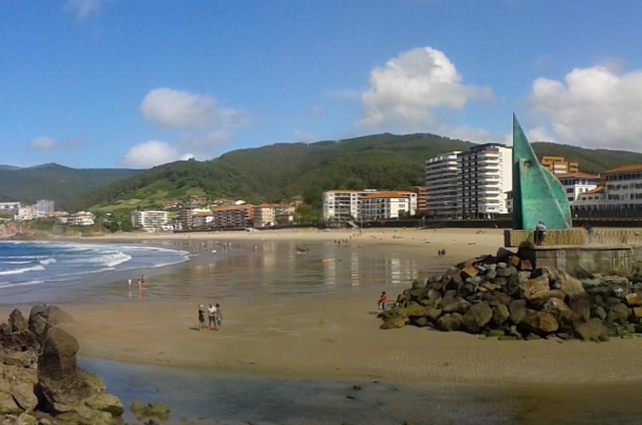 Vista panorámica de la playa.