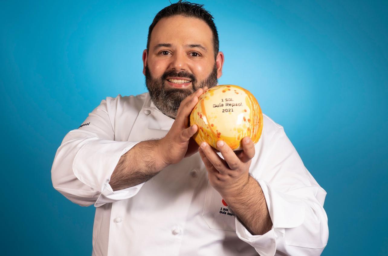 Juan Carlos Ferrando, con el Sol por Juan Carlos Ferrando, recibido por primera vez en 2021