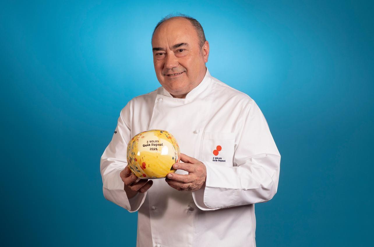 Miguel Barrera, con los dos Soles por Cal Paradís, recibido por primera vez en 2021