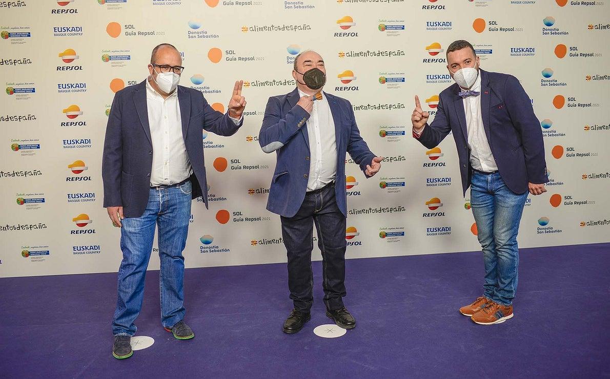 Vicente Patiño ('Saiti'), Miguel Barrera ('Cal Paradís') y Elio Fernández ('Ferpel Gastronómico').