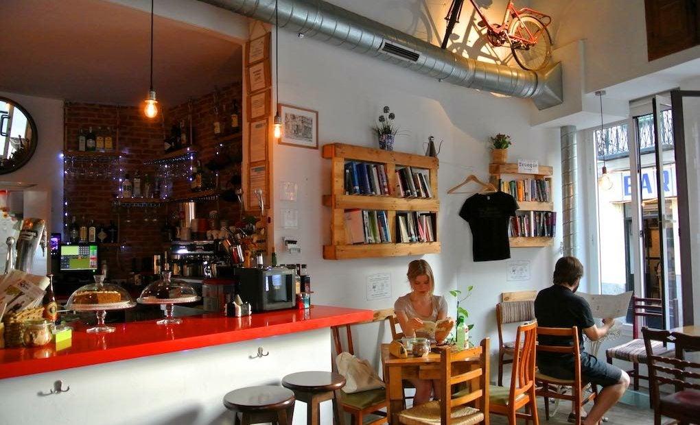 Cafetería La Infinito, Madrid. Foto: Camino Martínez.