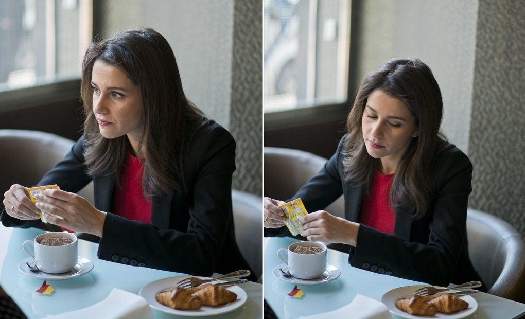 Inés Arrimadas y su cola cao.