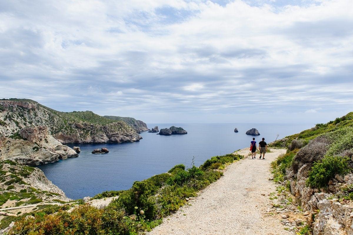 El duro clima de la zona no resta ni un ápice de encanto a Cabrera en su conjunto. Foto: Shutterstock.