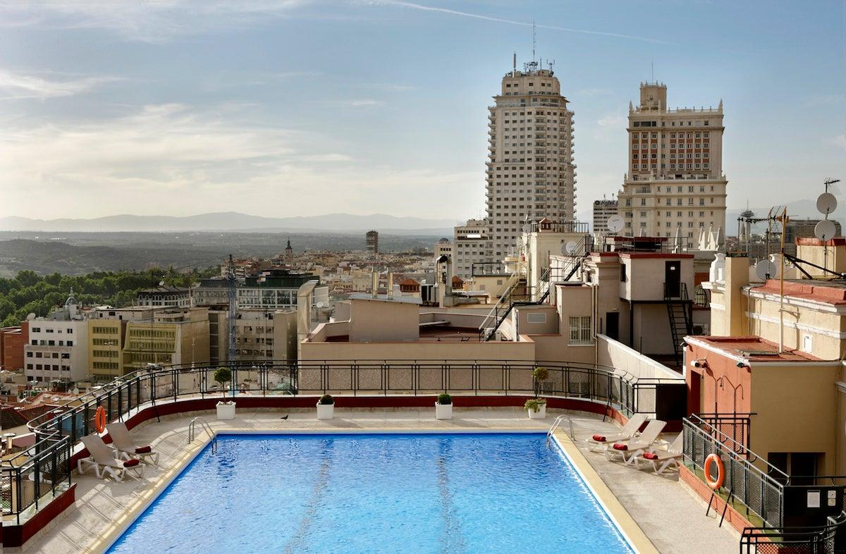 Hotel Emperador.