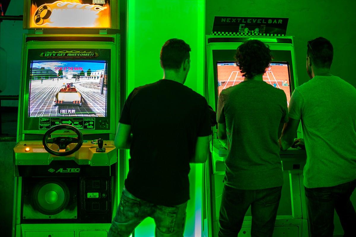 Next Level Arcade Bar (Madrid): Ambiente del local. Foto: Alfredo Cáliz