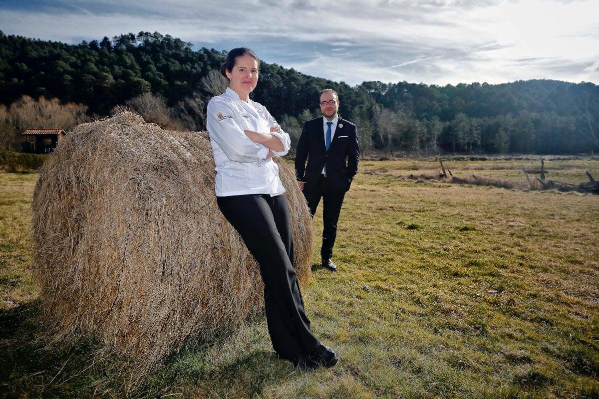 La chef Elena Lucas y el sumiller Diego Muñoz.
