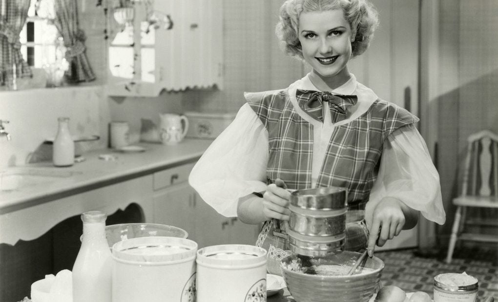 Mujer cocinando. Foto: Shutterstock.