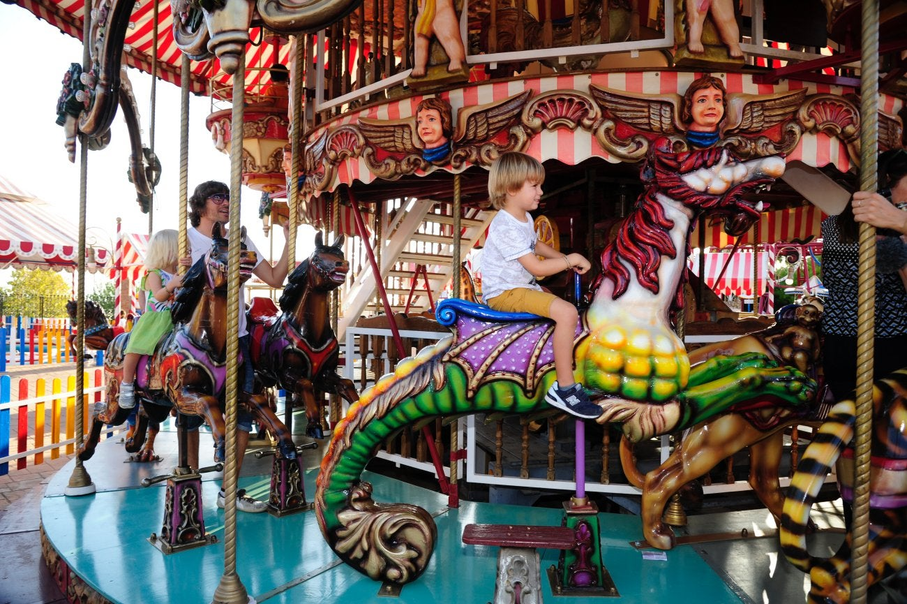 Parque Tívoli - Carrusel de caballos (2)