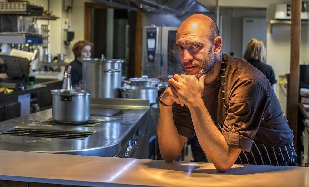 Luis Alberto en la cocina de Lera.