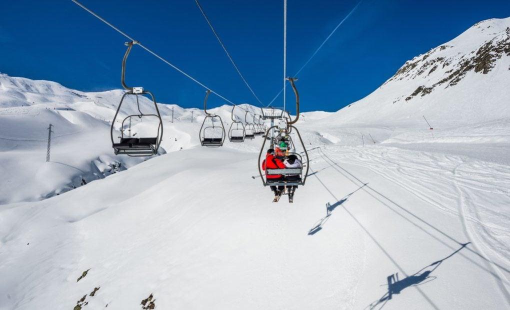 Ahora, el mejor momento para esquiar. Foto: shutterstock.